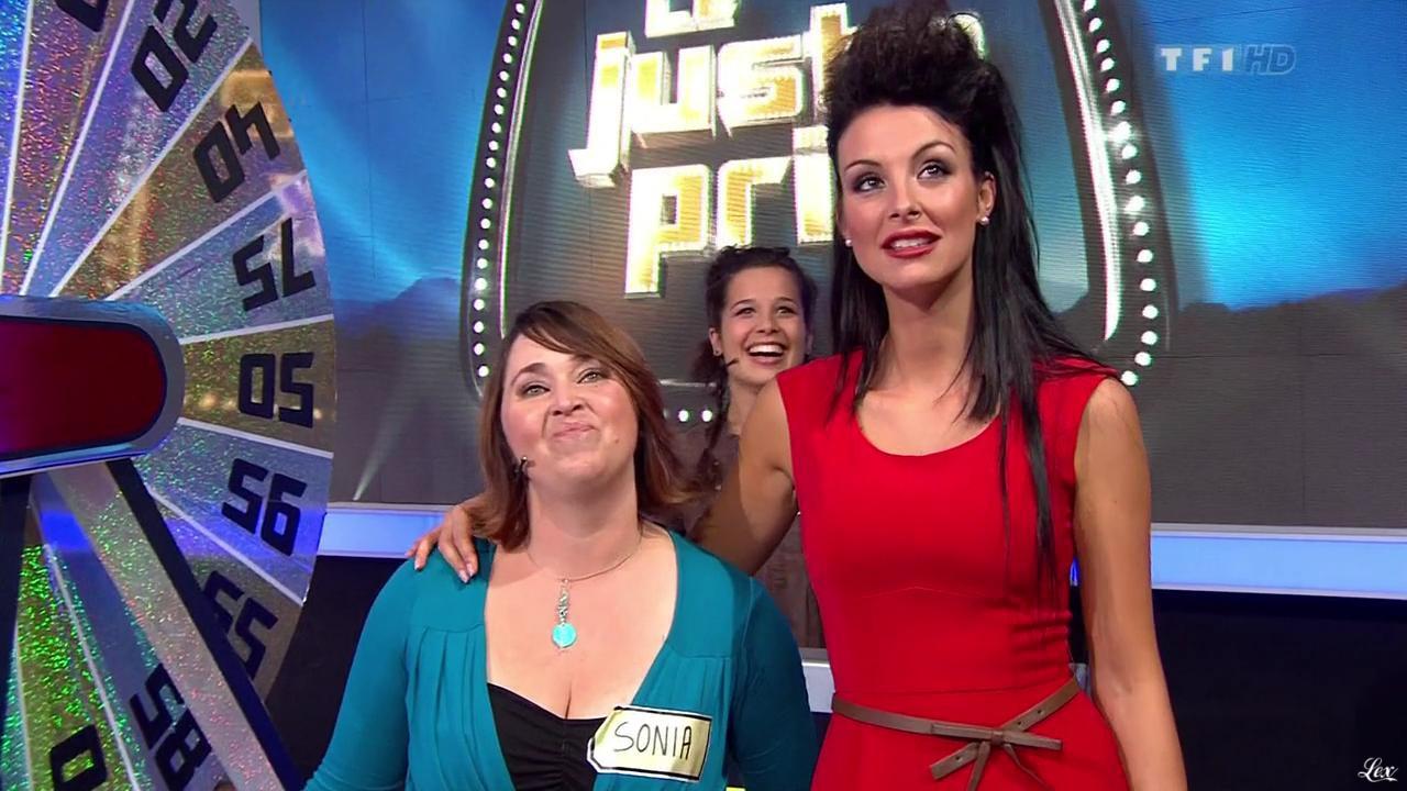 Fanny Veyrac dans le Juste Prix. Diffusé à la télévision le 28/11/11.