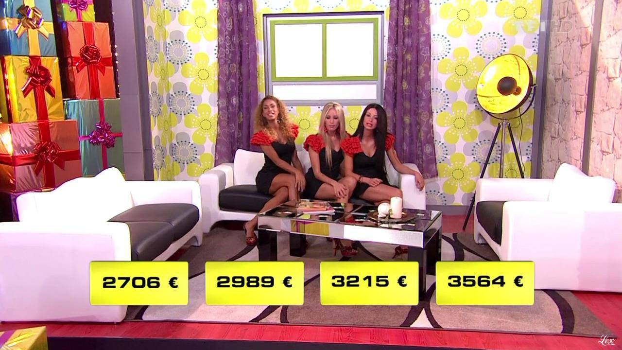 Les Gafettes, Nadia Aydanne, Doris Rouesne et Fanny Veyrac dans le Juste Prix. Diffusé à la télévision le 29/11/11.