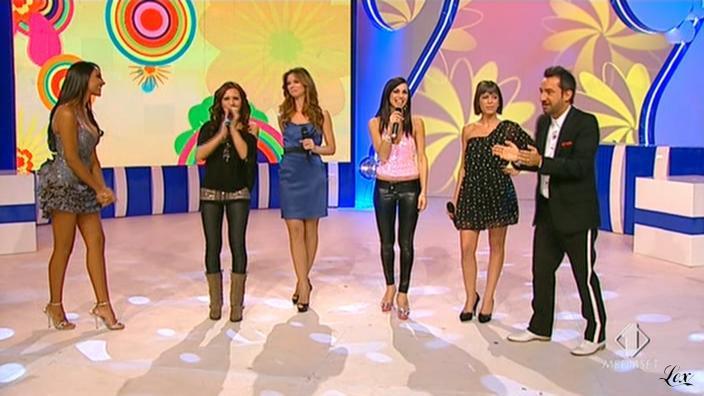 Lollipop et Juliana Moreira dans Matricole E Meteore. Diffusé à la télévision le 04/02/10.