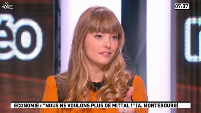 Aude Pepin dans la Matinale. Diffusé à la télévision le 26/11/12.