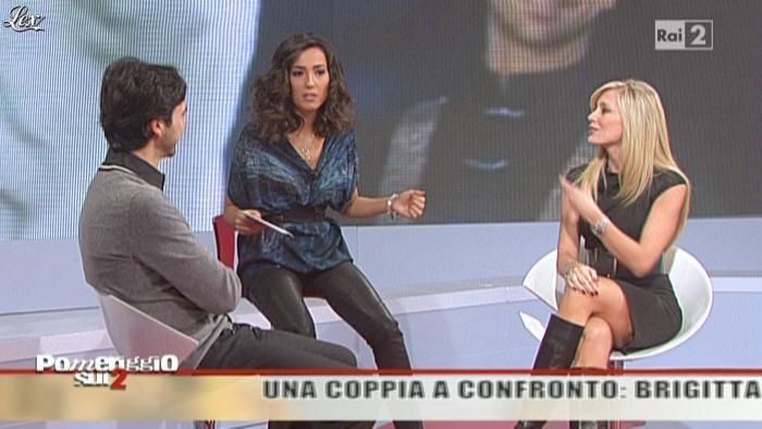 Caterina Balivo dans Pomeriggio Sul Due. Diffusé à la télévision le 03/12/10.