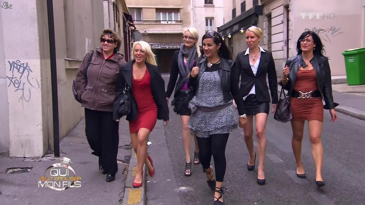 Des Pretendantes dans Qui Veut Epouser Mon Fils. Diffusé à la télévision le 09/11/12.