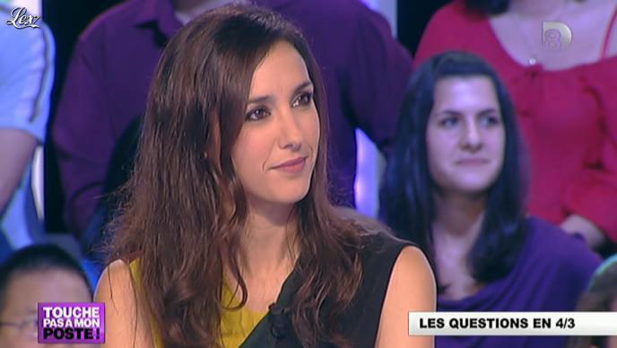 Elise Chassaing dans Touche pas à Mon Poste. Diffusé à la télévision le 09/10/12.