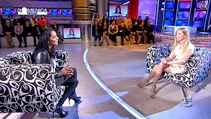 FederiÇa Panicucci et Juliana Moreira dans DomeniÇa 5. Diffusé à la télévision le 12/02/12.