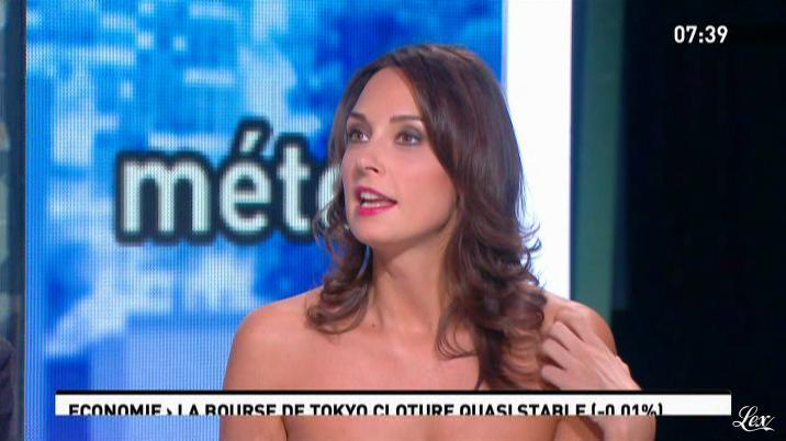 Julia Vignali dans la Matinale. Diffusé à la télévision le 23/01/12.