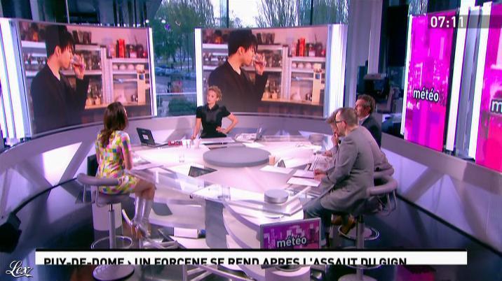 Julia Vignali dans la Matinale. Diffusé à la télévision le 25/04/12.
