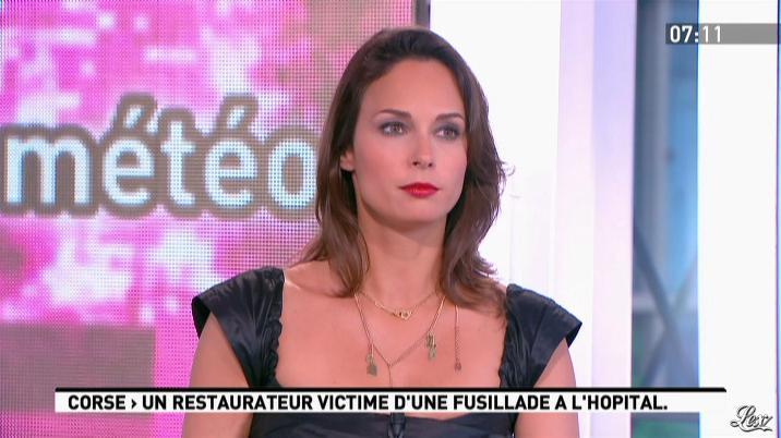 Julia Vignali dans la Matinale. Diffusé à la télévision le 29/05/12.