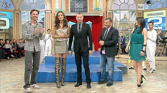 Laura Barriales et Lorena Bianchetti dans Mezzogiorno in Famiglia. Diffusé à la télévision le 14/01/12.
