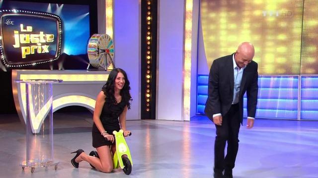 Fanny Veyrac dans le Juste Prix. Diffusé à la télévision le 11/09/12.