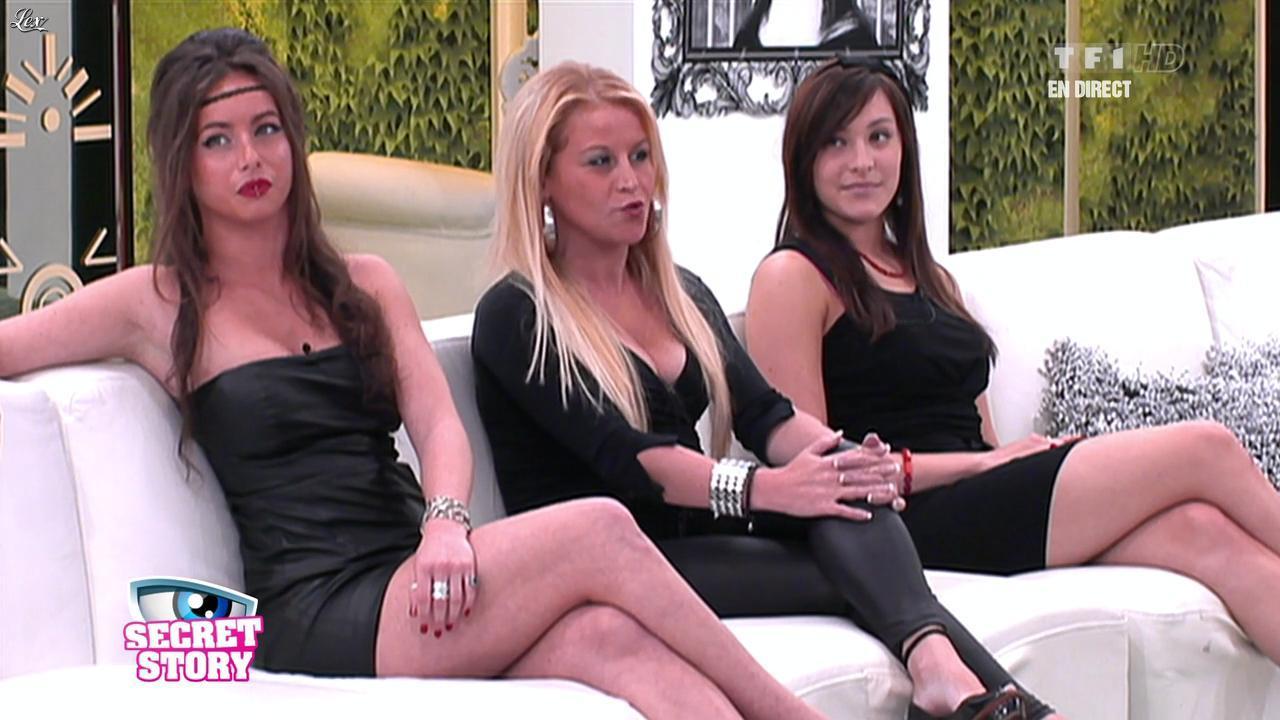 Marie et Juliette dans Secret Story. Diffusé à la télévision le 16/09/11.