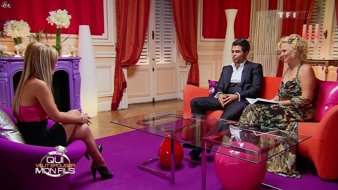 Sabrina dans Qui Veut Epouser Mon Fils. Diffusé à la télévision le 02/11/12.
