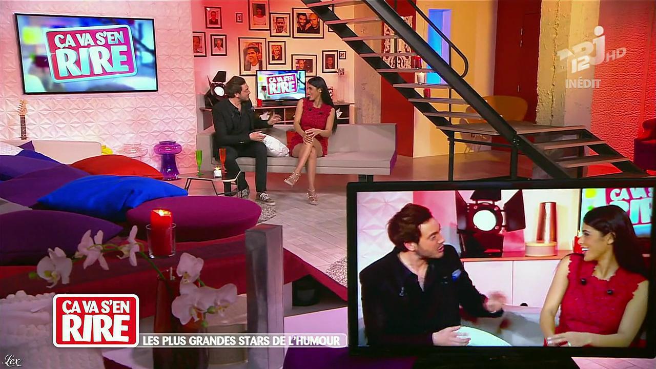 Ayem Nour dans Ça va s en Rire. Diffusé à la télévision le 07/12/13.