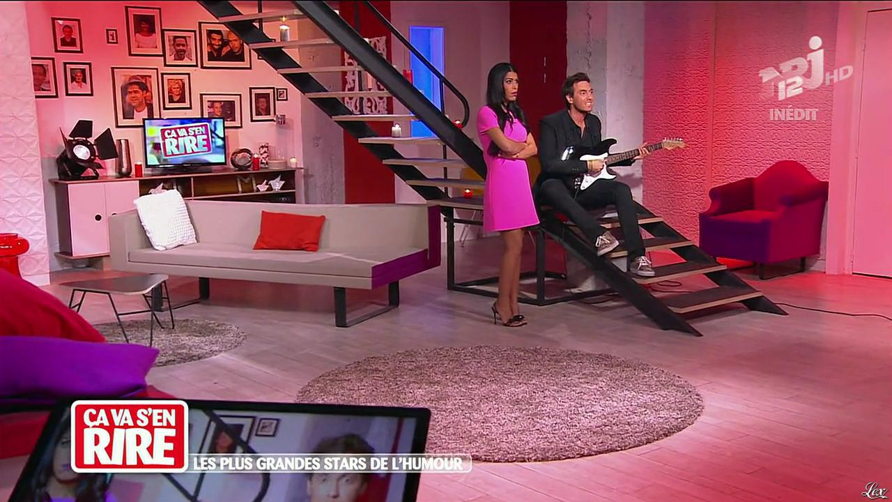 Ayem Nour dans Ça va s en Rire. Diffusé à la télévision le 23/11/13.