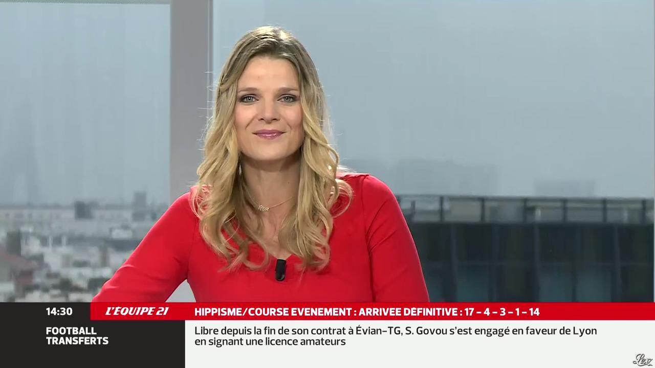 France Pierron dans Menu Sport. Diffusé à la télévision le 16/10/13.