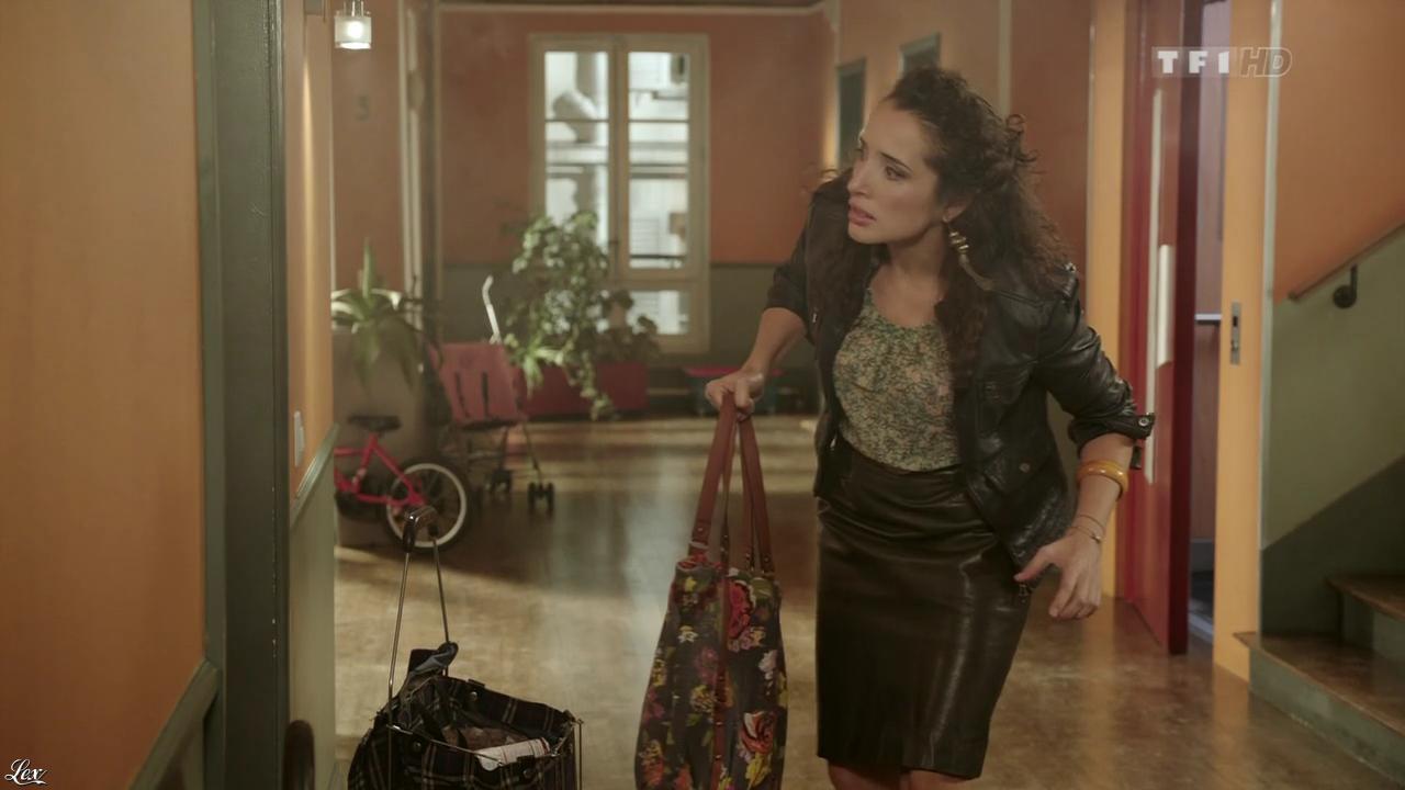 Isabelle Vitari dans Nos Chers Voisins. Diffusé à la télévision le 26/01/13.