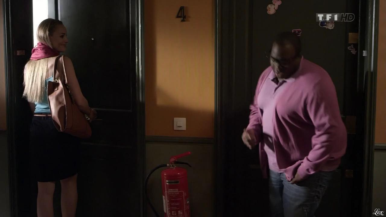 Joy Esther dans Nos Chers Voisins. Diffusé à la télévision le 23/07/13.