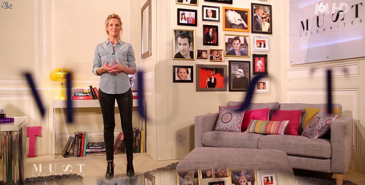 Sandrine Corman dans Must Celebrites. Diffusé à la télévision le 14/12/13.