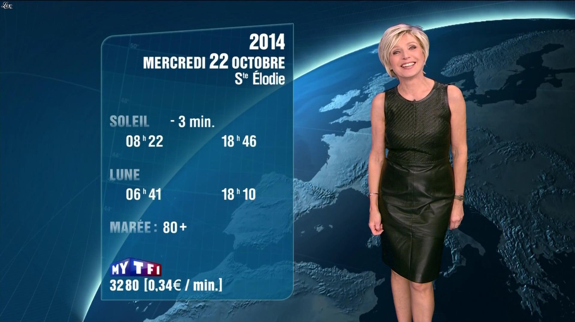 Evelyne Dhéliat à la Météo de 20h. Diffusé à la télévision le 21/10/14.