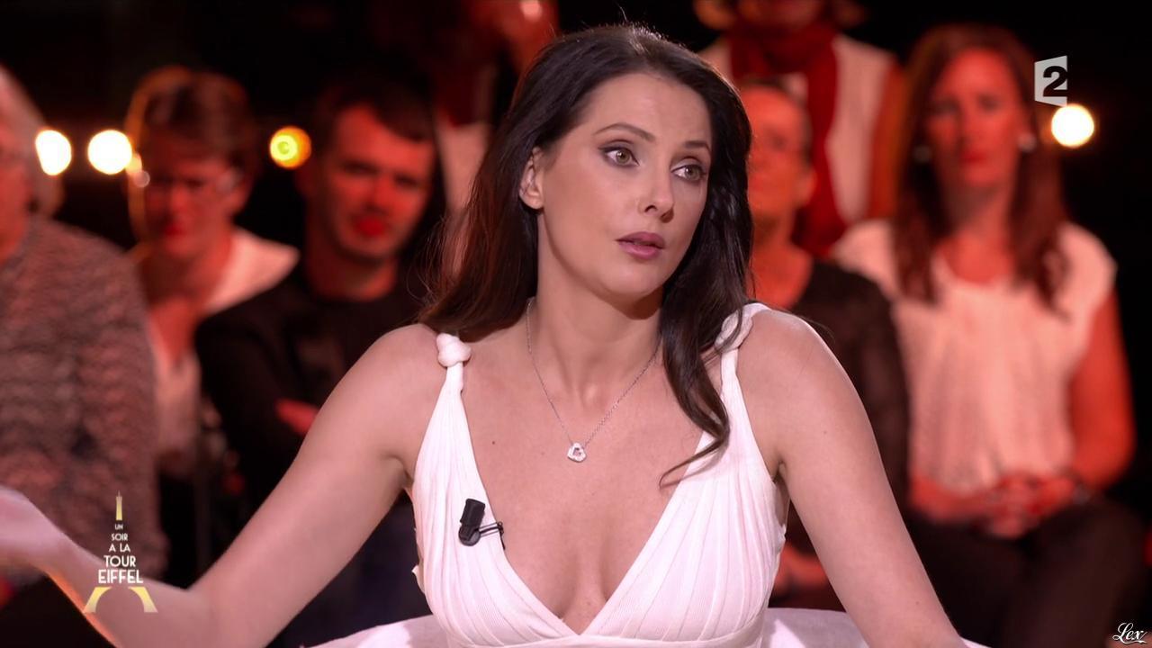 Frédérique Bel dans un Soir à la Tour Eiffel. Diffusé à la télévision le 22/10/14.