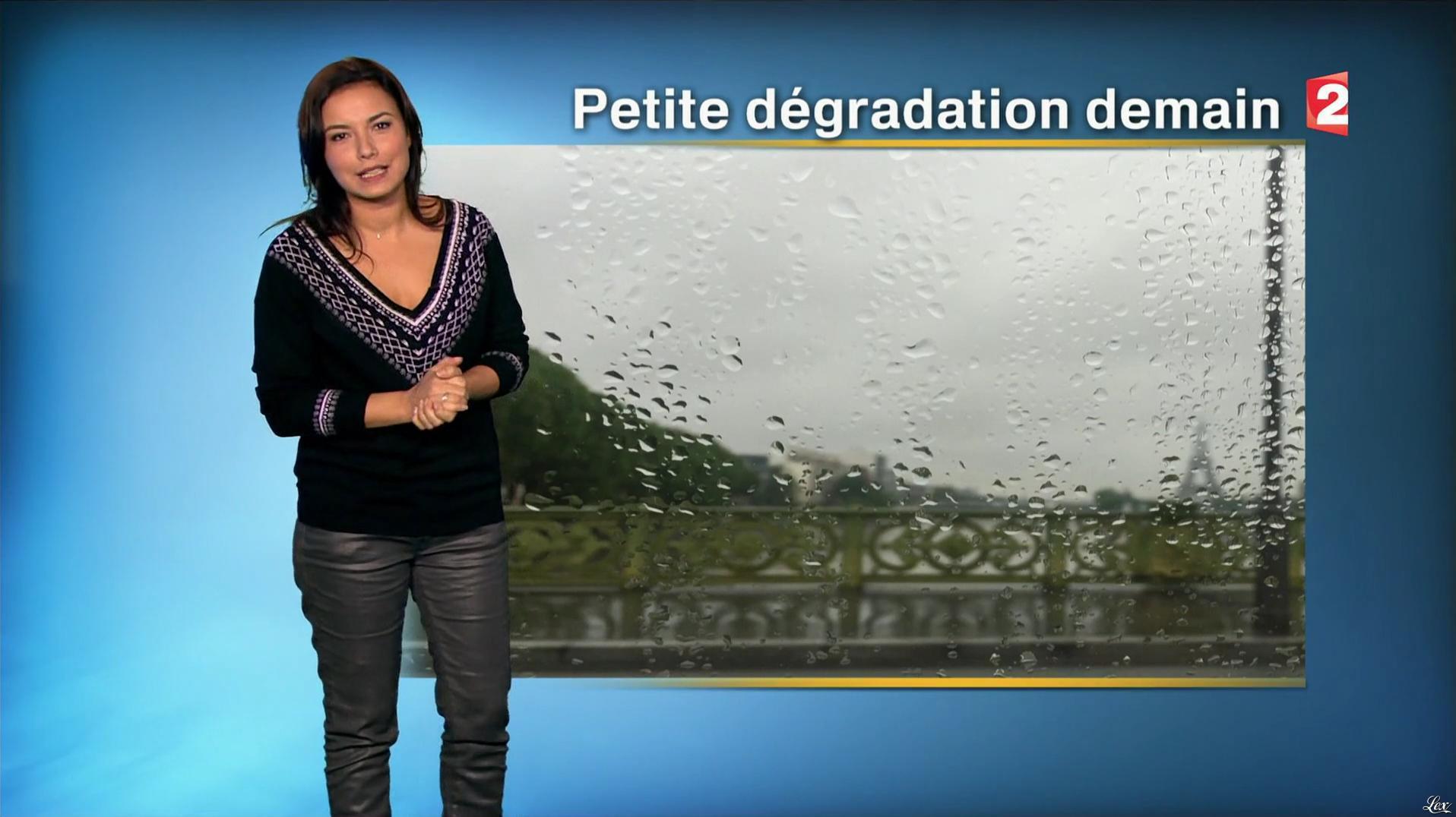 Anaïs Baydemir à la Météo de Midi. Diffusé à la télévision le 10/12/16.
