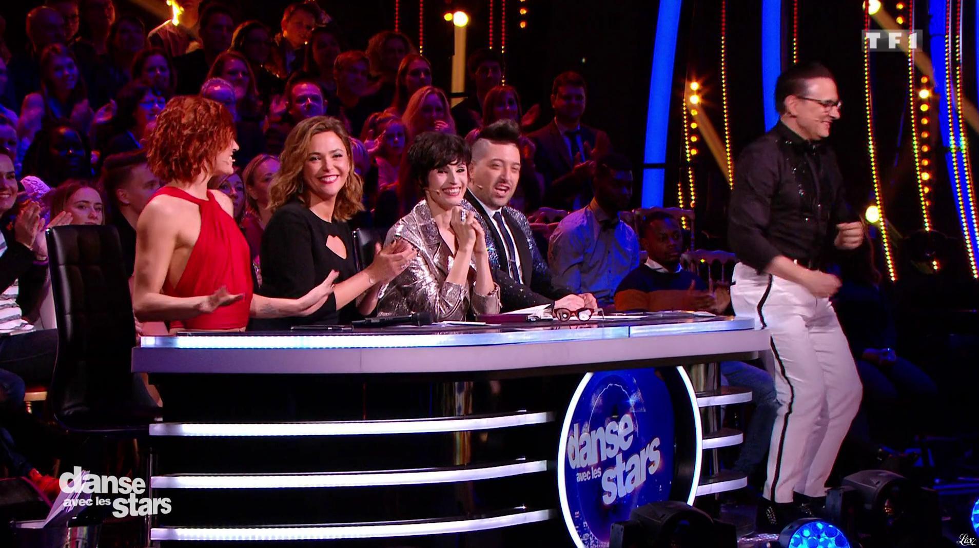 Fauve Hautot dans Danse avec les Stars. Diffusé à la télévision le 26/11/16.
