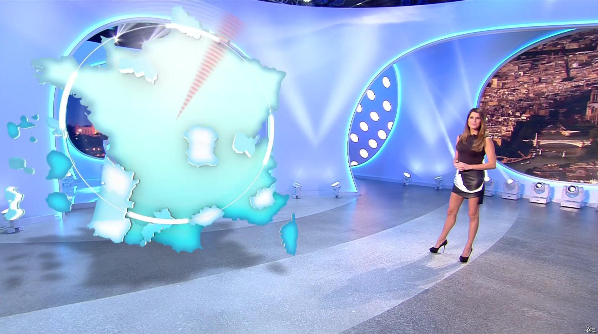 Karine Ferri lors du Tirage du Loto. Diffusé à la télévision le 28/11/16.