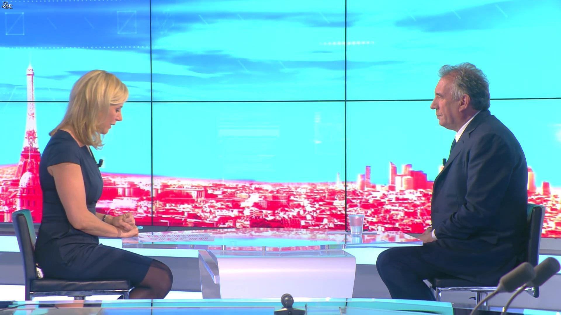 Laurence Ferrari dans Tirs Croisés. Diffusé à la télévision le 20/04/16.