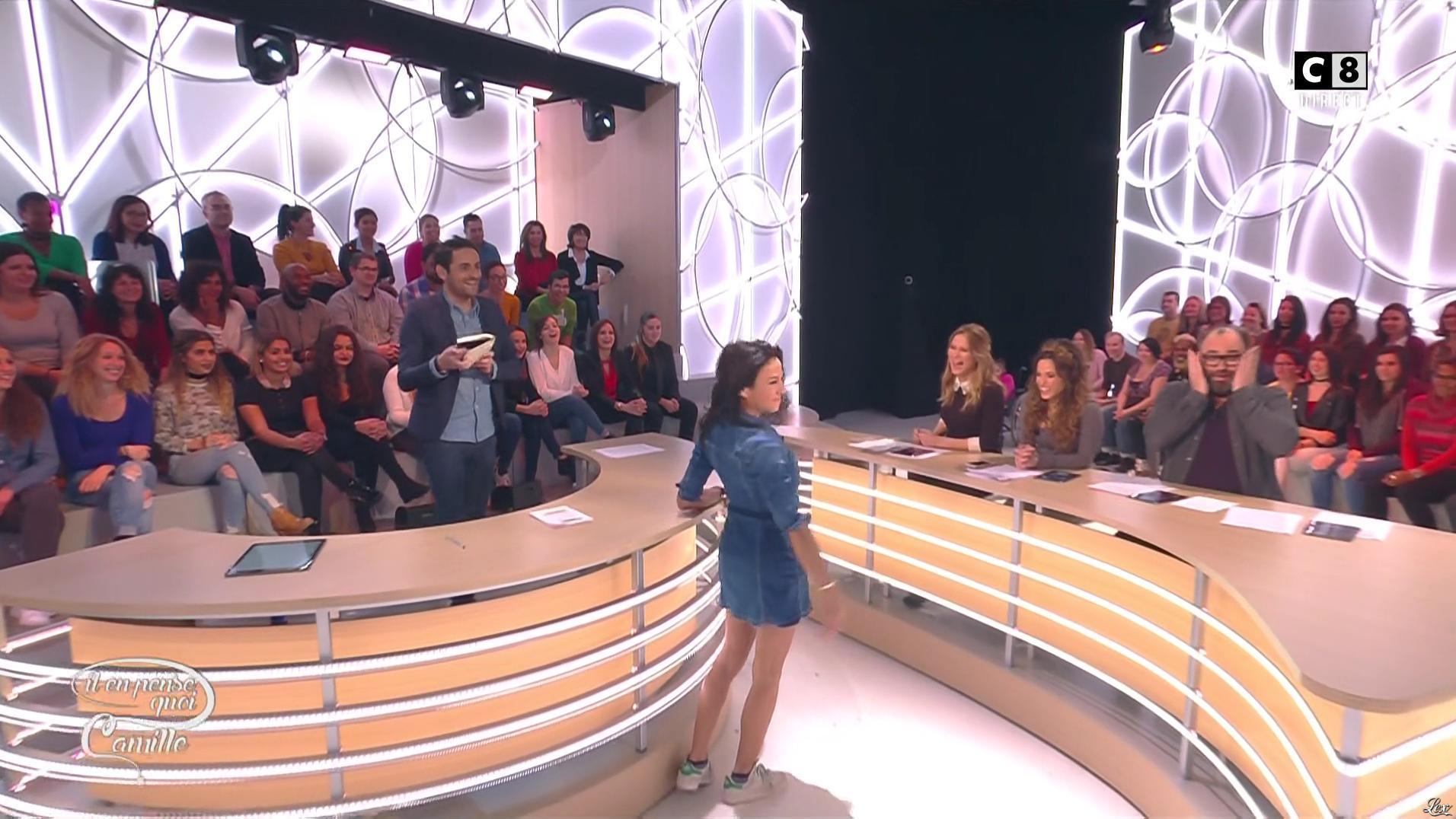 Sandra de Matteis dans Il en Pense Quoi Camille. Diffusé à la télévision le 09/11/16.