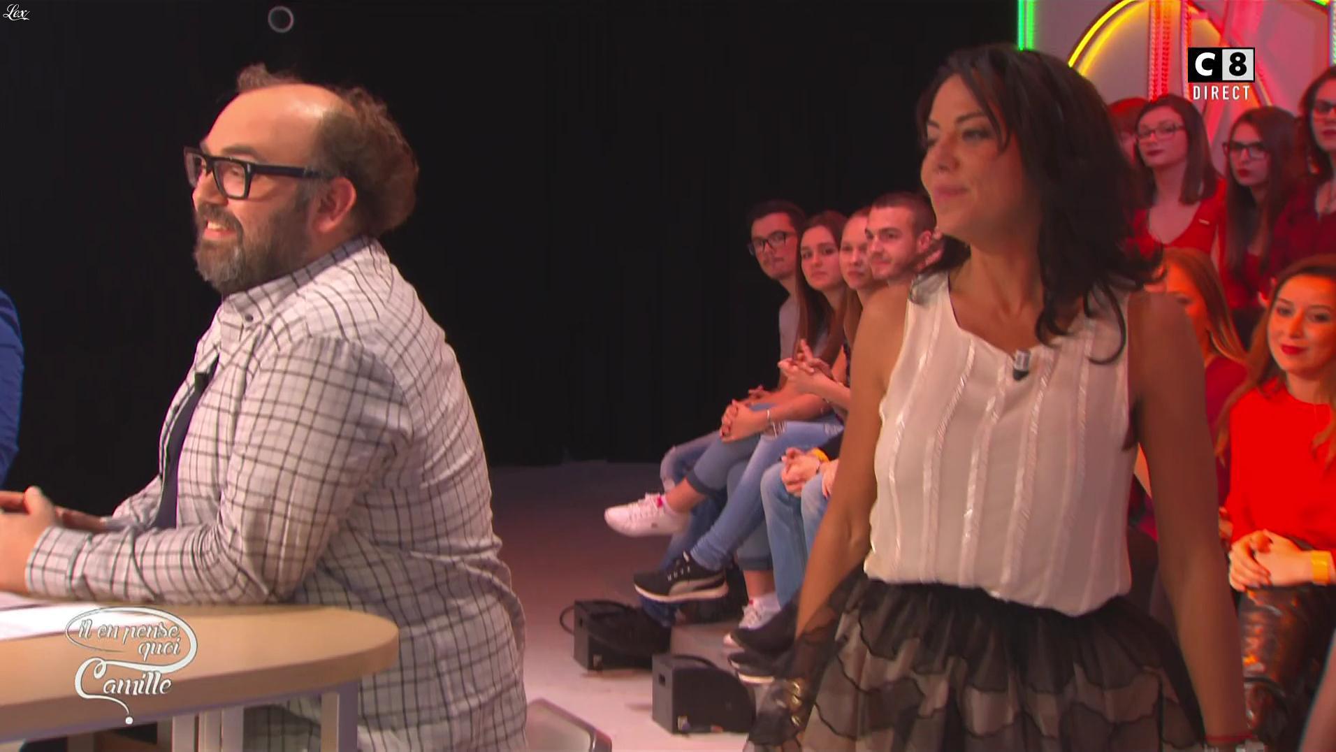 Sandra de Matteis dans Il en Pense Quoi Camille. Diffusé à la télévision le 19/10/16.
