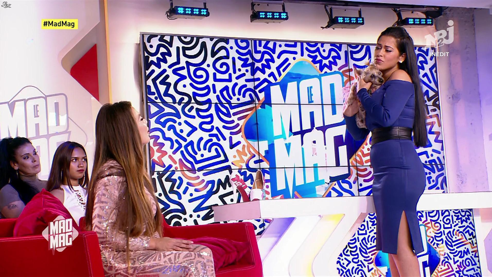 Ayem Nour et Kim Glow dans le Mad Mag. Diffusé à la télévision le 04/10/17.