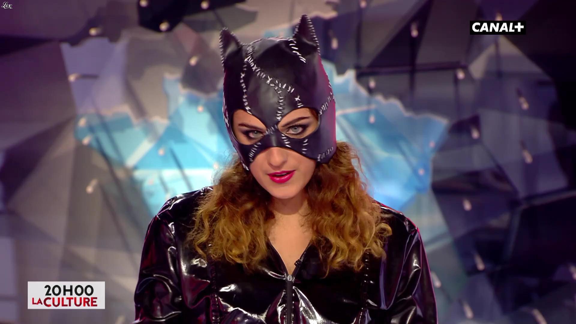 Camille Lavabre dans l'Info du Vrai. Diffusé à la télévision le 17/10/17.