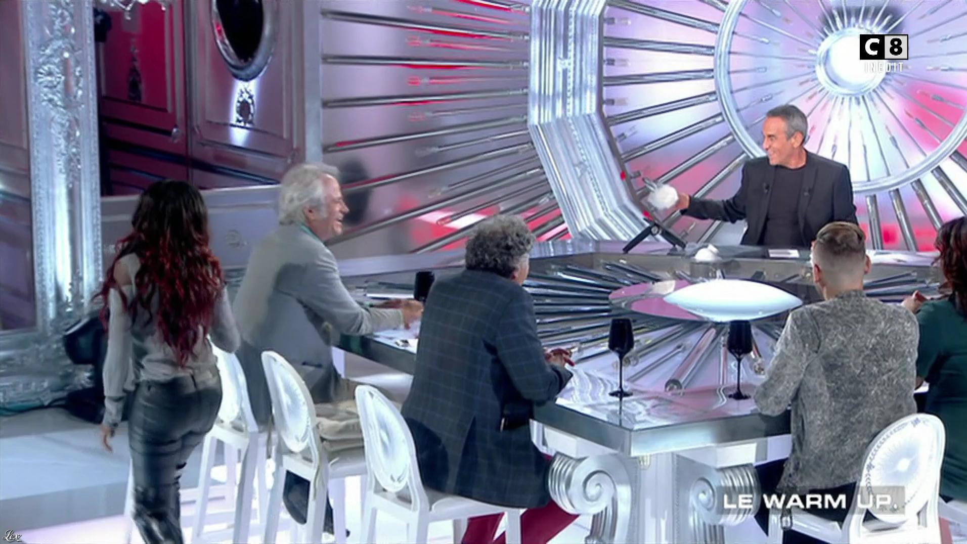 Hapsatou Sy dans les Terriens du Dimanche. Diffusé à la télévision le 17/09/17.