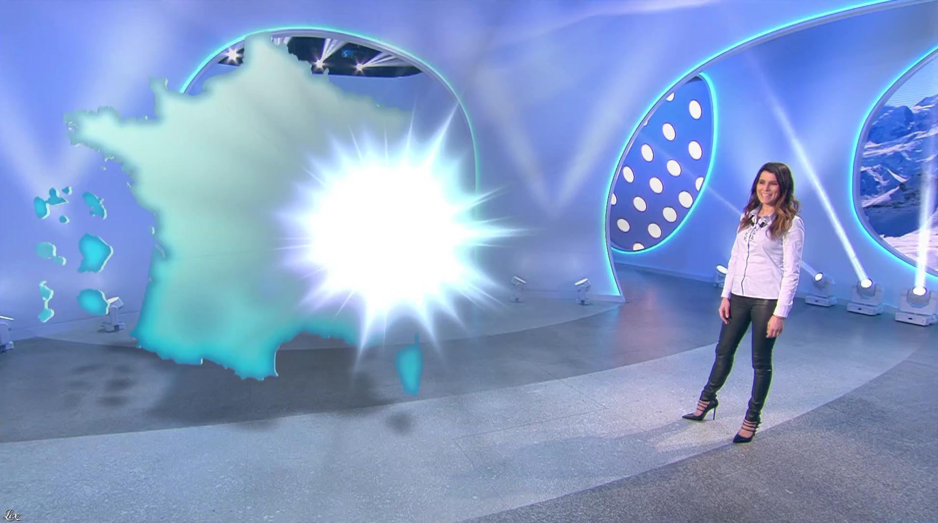 Karine Ferri lors du Tirage du Loto. Diffusé à la télévision le 22/02/17.