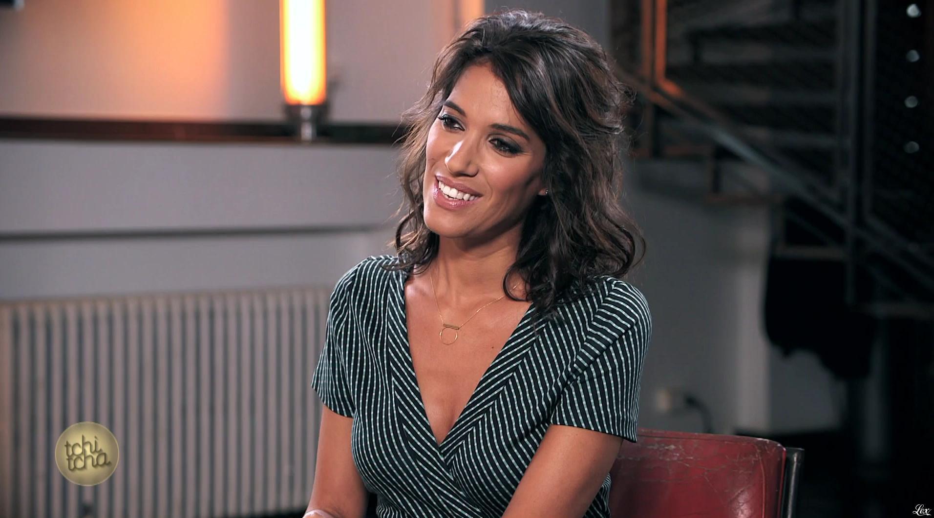 Laurie Cholewa dans Tchi Tcha. Diffusé à la télévision le 23/09/17.