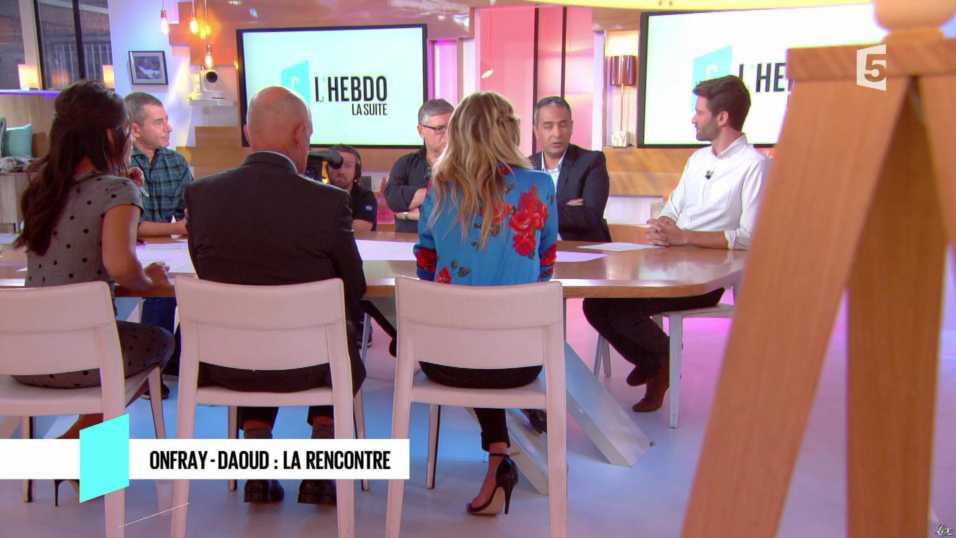 Pauline Claviere dans C à Vous. Diffusé à la télévision le 23/09/17.