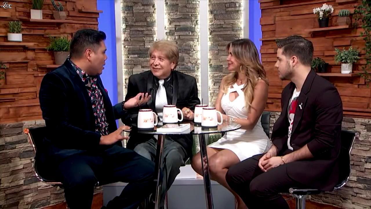 Aylin MujiÇa dans Buenos Dias Familia. Diffusé à la télévision le 19/11/18.