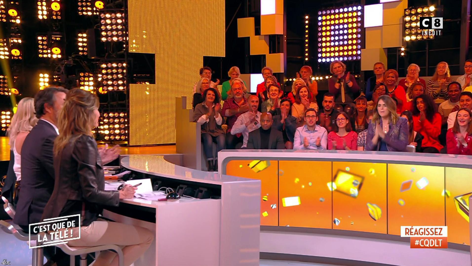Caroline Ithurbide dans c'est Que de la Télé. Diffusé à la télévision le 02/11/18.