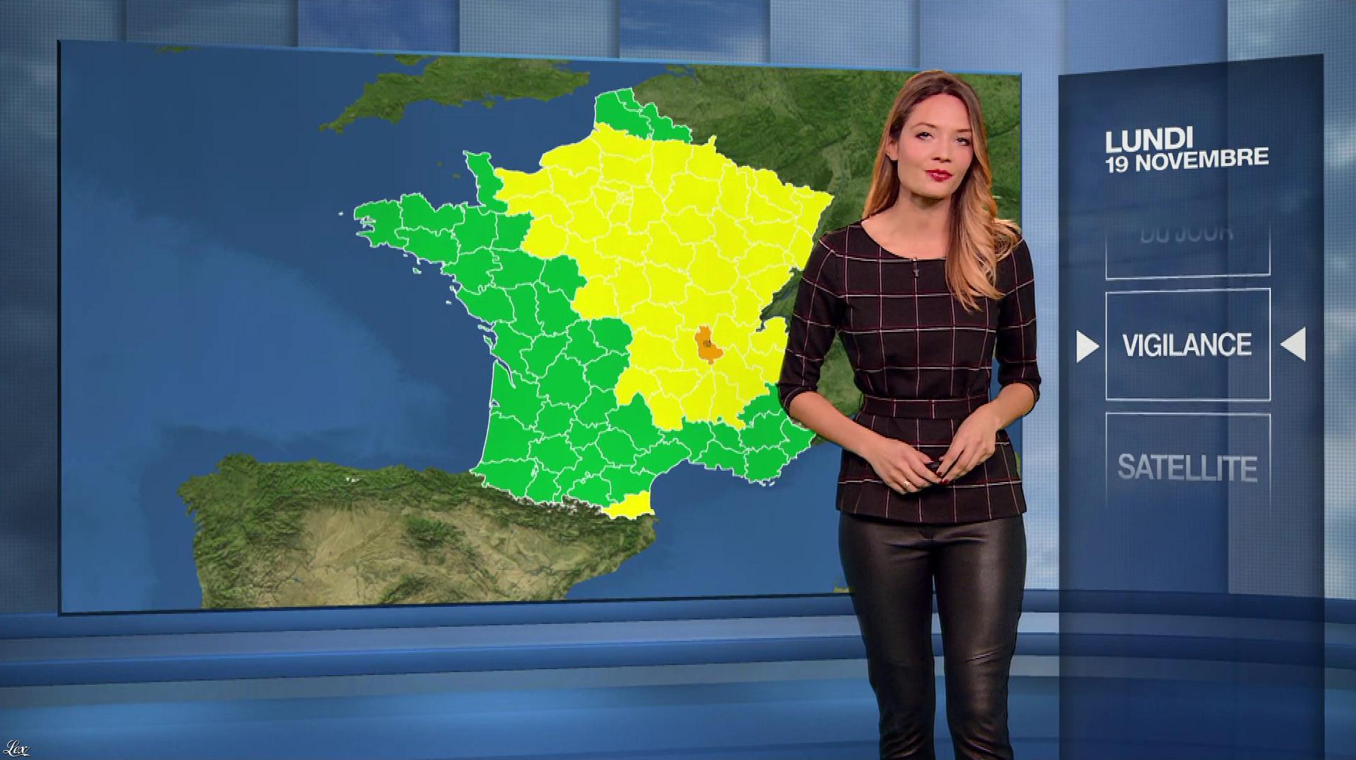 Gennifer Demey à la Météo du Soir. Diffusé à la télévision le 19/11/18.
