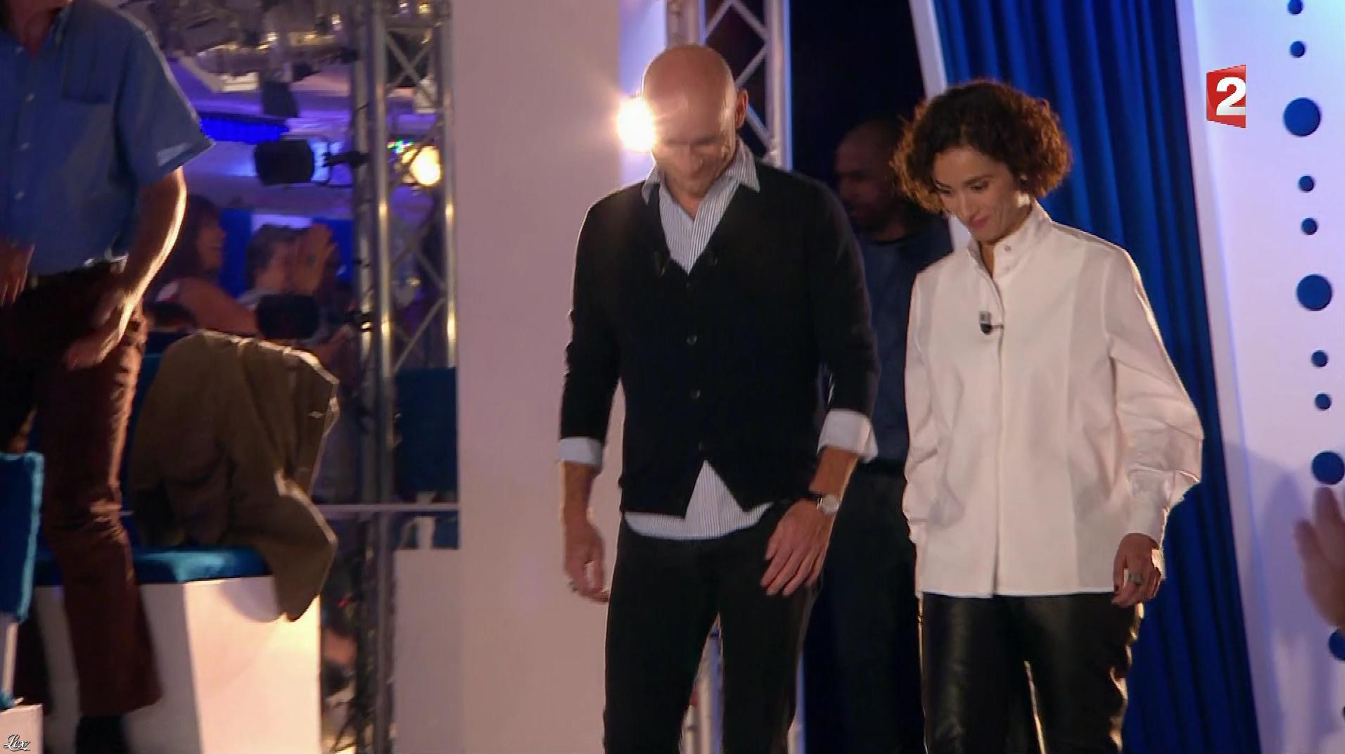 Rachida Brakni dans On n'est pas Couché. Diffusé à la télévision le 03/06/17.