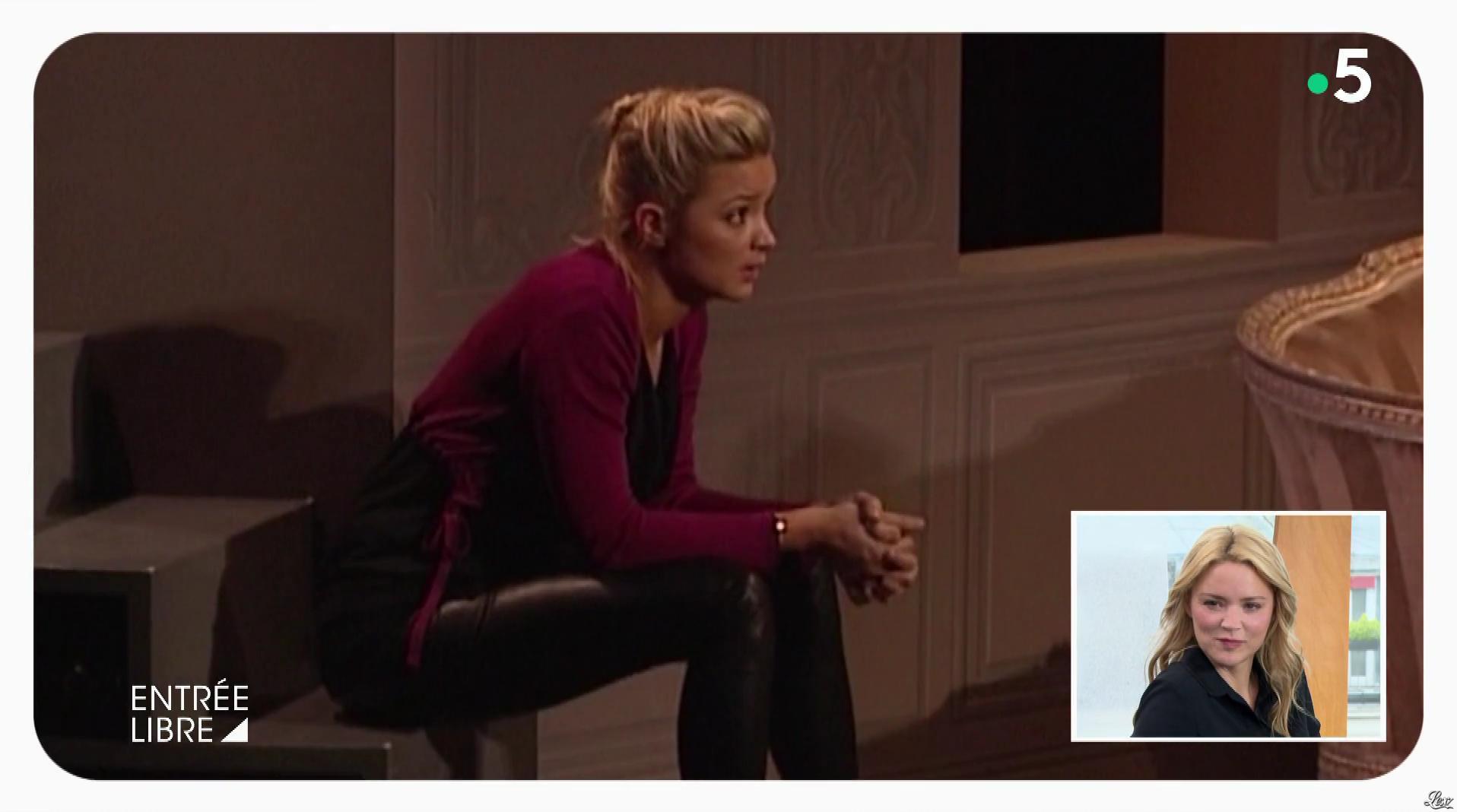 Virginie Efira dans Entrée Libre. Diffusé à la télévision le 05/11/18.