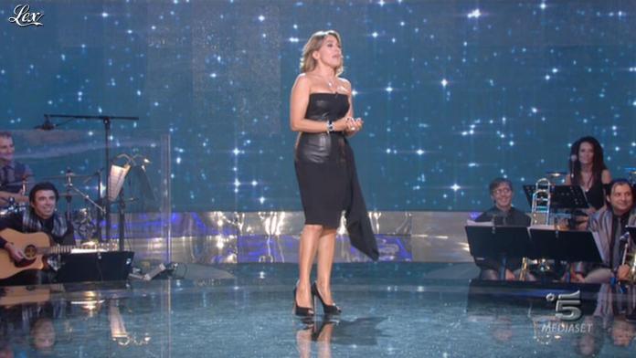 Barbara d'Urso dans Baila. Diffusé à la télévision le 26/09/11.