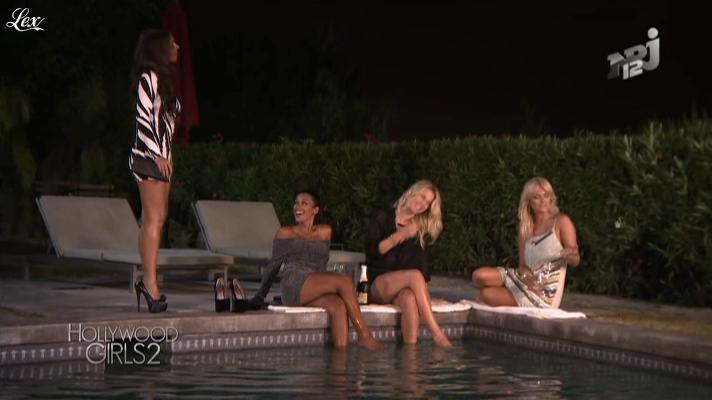 Caroline Receveur, Ayem et Laura Coll dans Hollywood Girls. Diffusé à la télévision le 29/10/12.