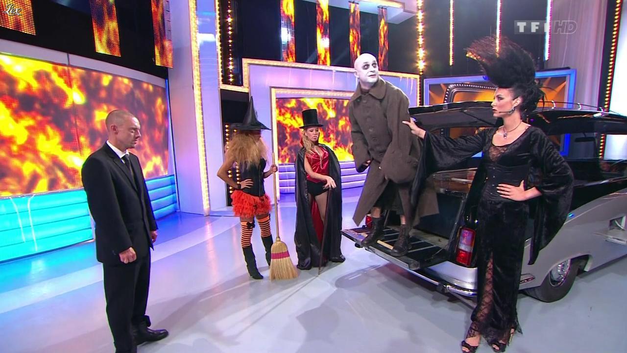 Les Gafettes, Fanny Veyrac, Doris Rouesne et Nadia Aydanne dans le Juste Prix. Diffusé à la télévision le 31/10/12.