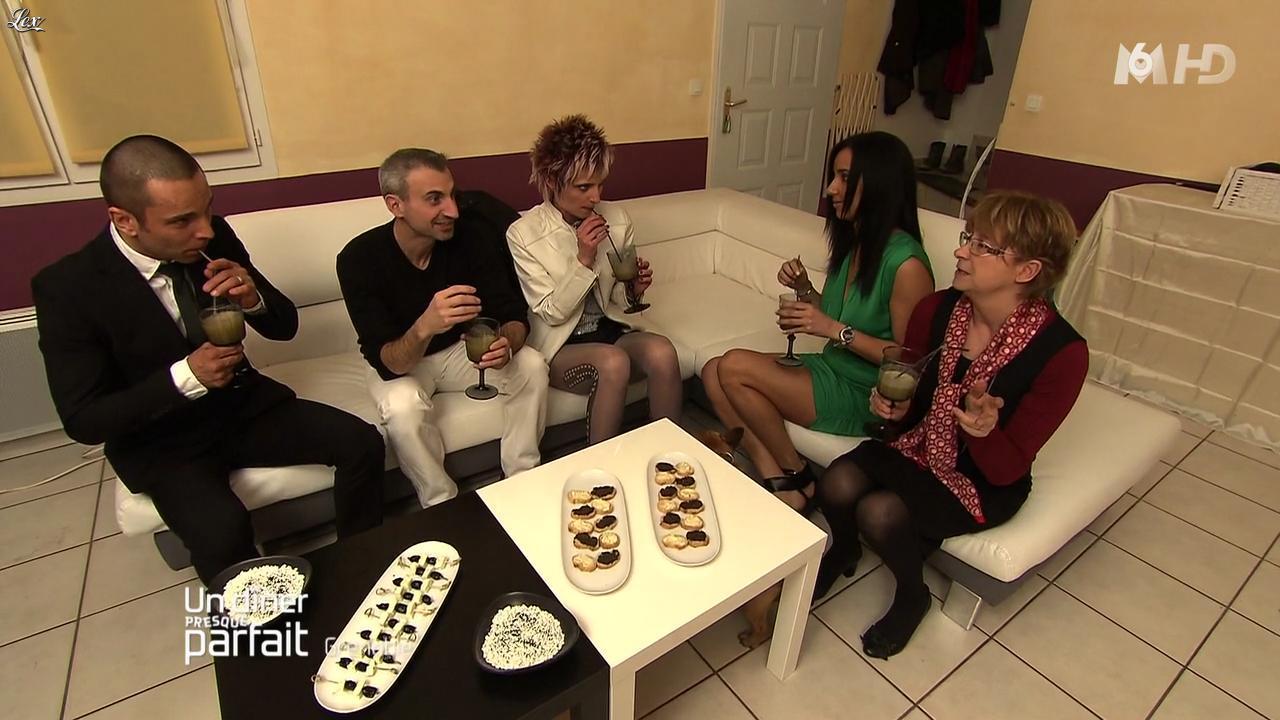 Nauriene dans un Diner Presque Parfait. Diffusé à la télévision le 14/06/12.