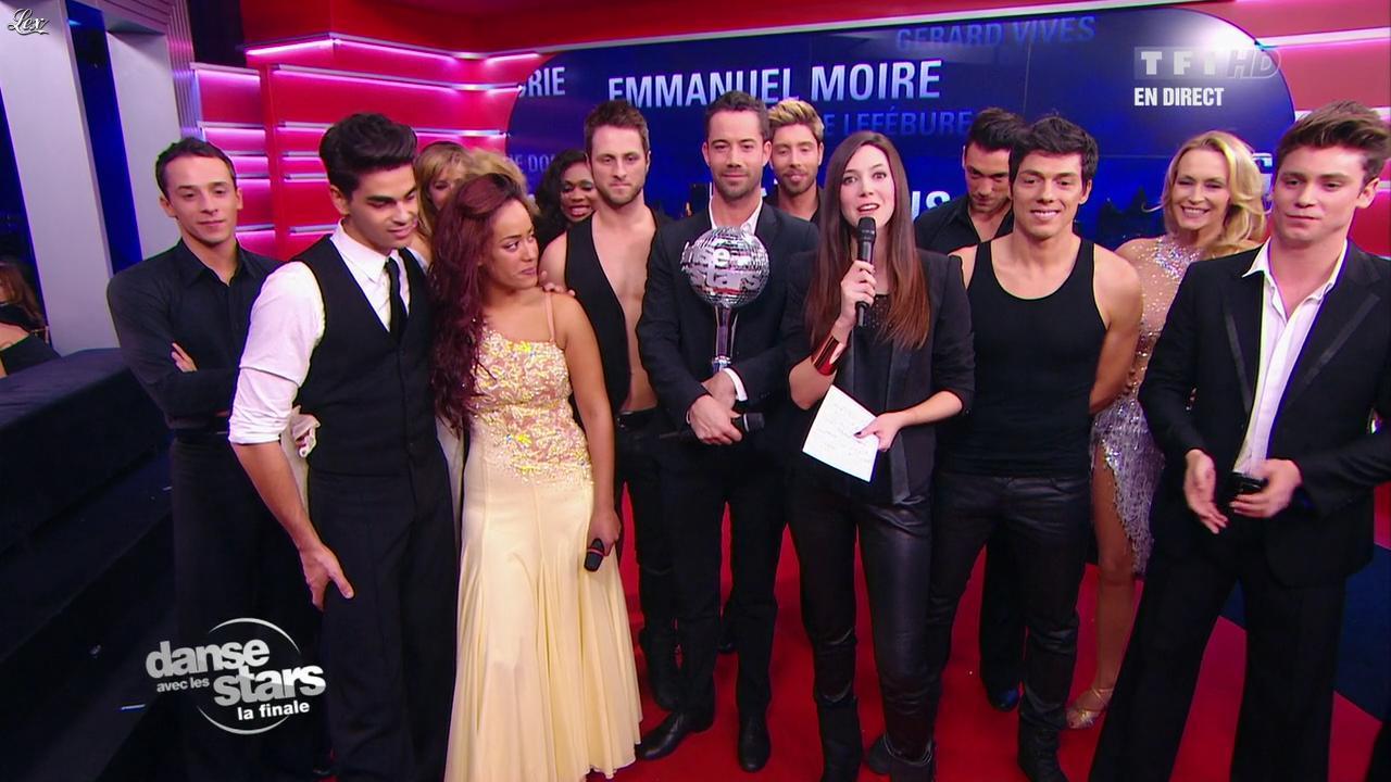 Sandra Lou dans Danse Avec les Stars. Diffusé à la télévision le 01/12/12.