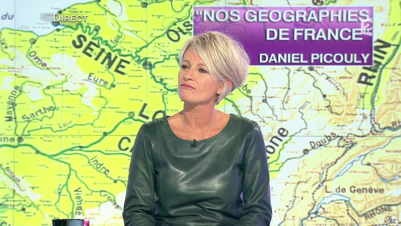 Sophie davant dans c 39 est au programme 21 11 12 067 - C est au programme chroniqueur ...