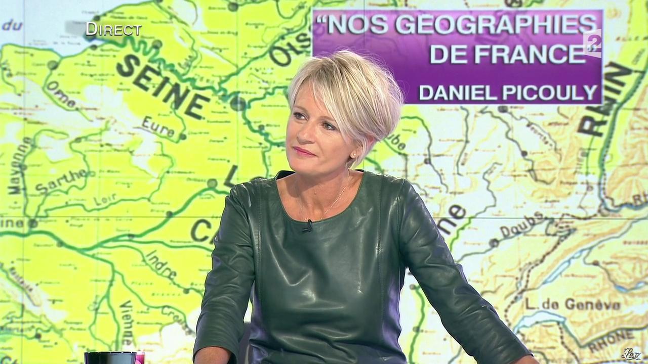 Sophie davant dans c est au programme 21 11 12 071 - C est au programme chroniqueur ...