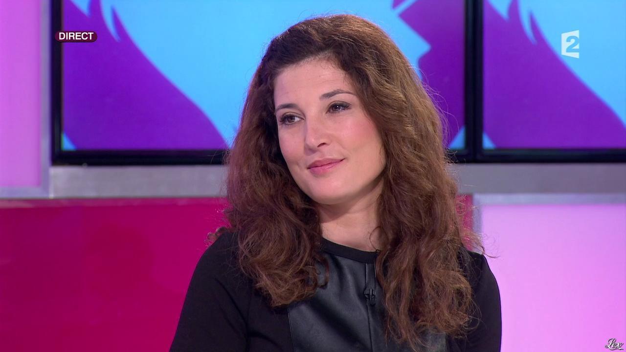 Aurelia Block dans c'est au Programme. Diffusé à la télévision le 24/01/14.