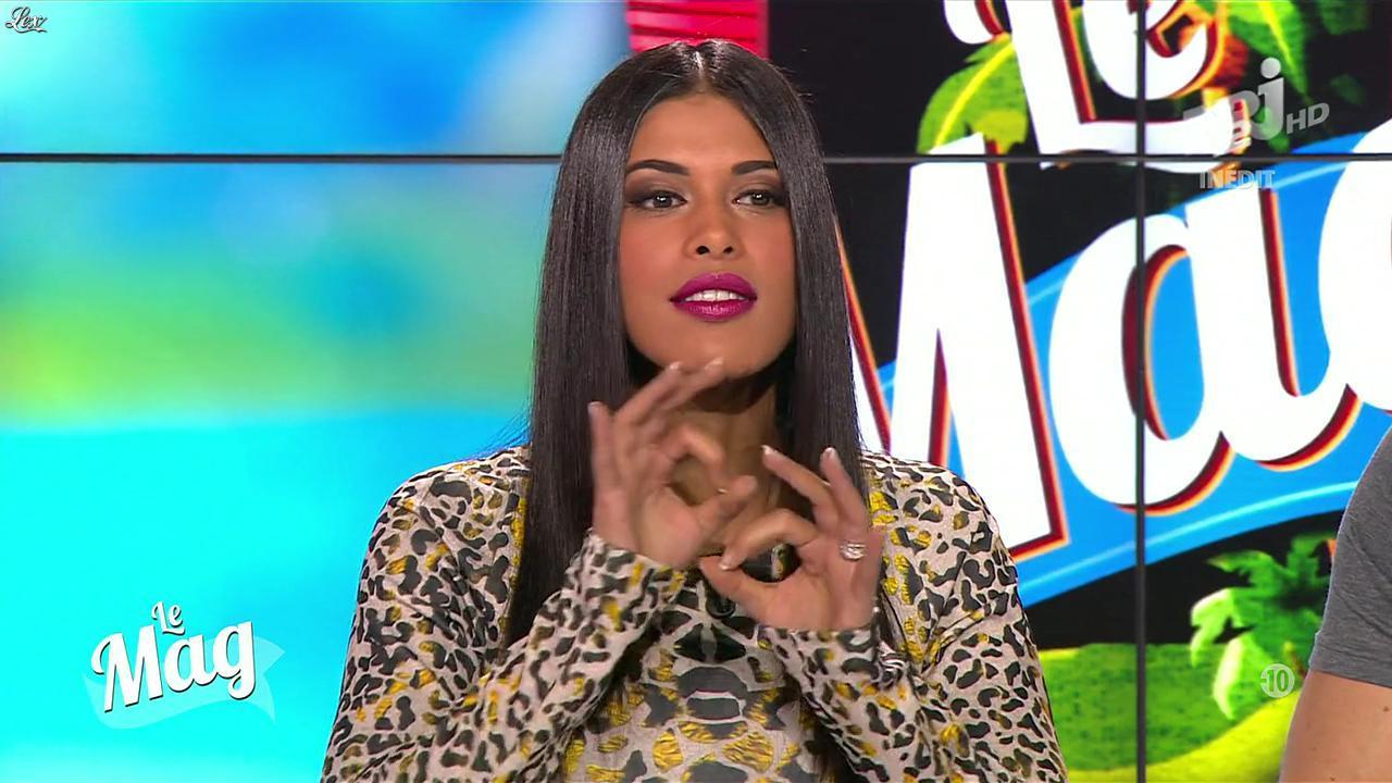 Ayem Nour dans le Mag. Diffusé à la télévision le 21/11/13.