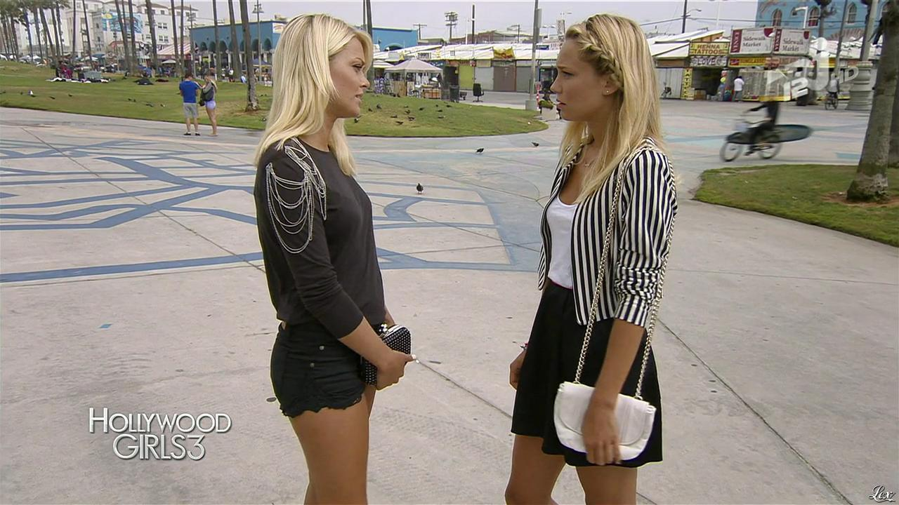 Caroline Receveur dans Hollywood Girls. Diffusé à la télévision le 20/12/13.